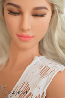 Sophia - First Lifelike Sex Doll for you