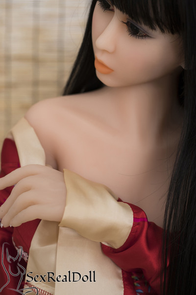 Chloe - Japanese Love Dolls